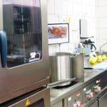 Kochkurs - 125 Personen erkochen sich ihr Menü